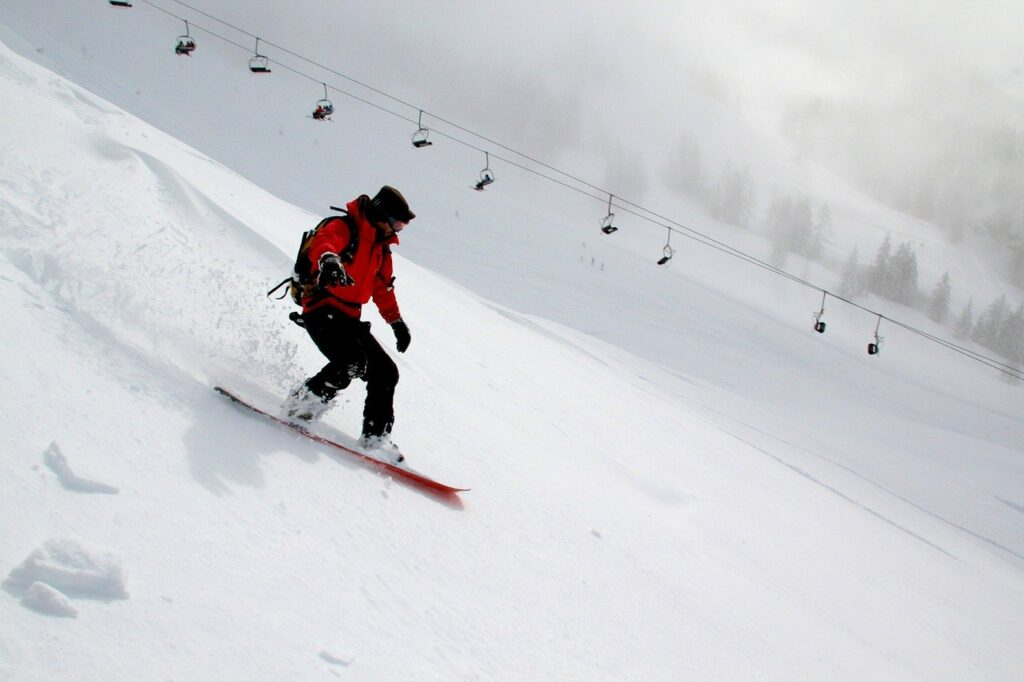 snowboarding-554048_1280-1024x682